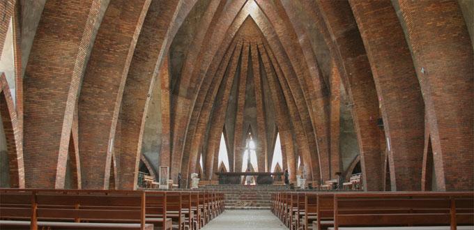 Brazzaville Basilica Di Sant Anna Congo Basilica