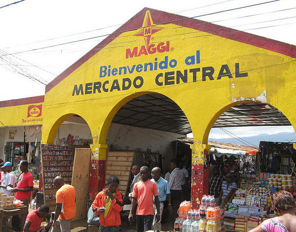[Image: Malabo_Mercado_Central.jpg]