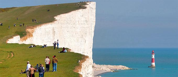 http://www.globeholidays.net/Europe/England/South_East/Media/England_Beachy_Head.jpg