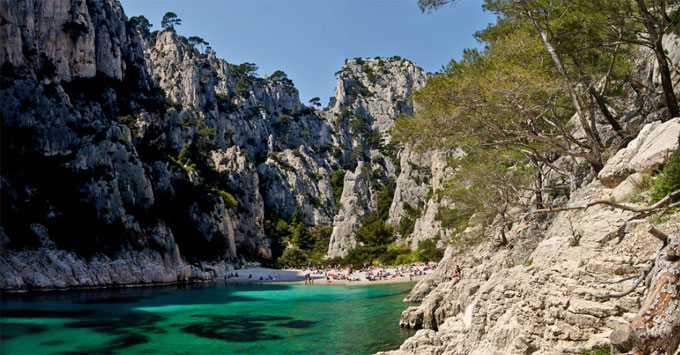 marseille calanque en vau provence frankreich strand marseille am strand marseille. Black Bedroom Furniture Sets. Home Design Ideas