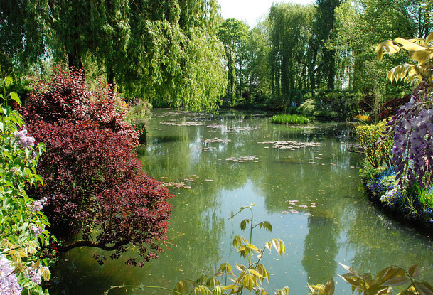 Paris monet 39 s garden paris isle of france france walking tours paris hiking paris paths - Livre le jardin de monet ...