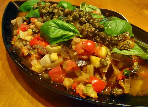 Potenza ciambotta basilicata italia piatti tipici for Piatti tipici roma