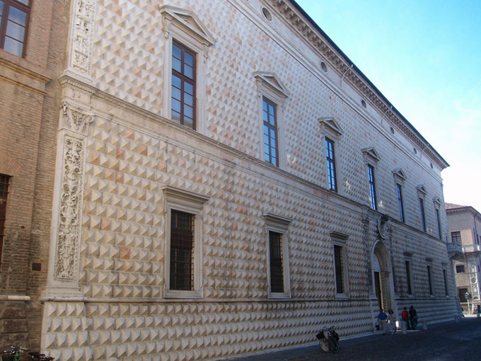 Autres importants palais