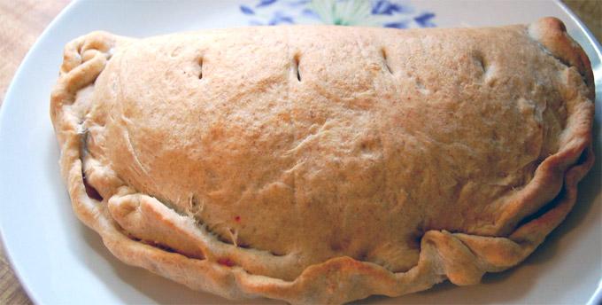 Roma calzone lazio italia piatti tipici roma piatti for Piatti tipici roma