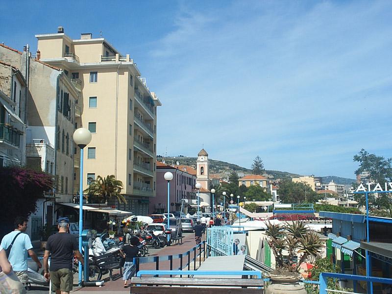 Arma Di Taggia Die Strandpromenade Ligurien Italien