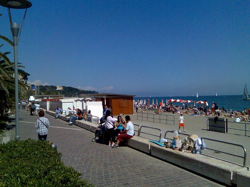 Celle ligure le spiagge liguria italia spiagge for Lungomare genova