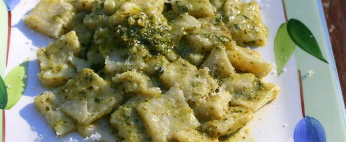 La spezia testaroli liguria italia piatti tipici la for Piatti tipici roma