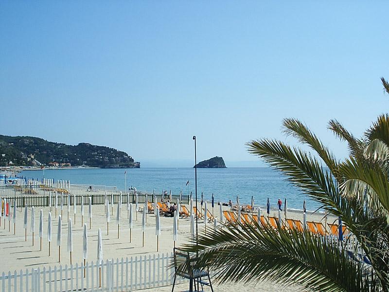Spotorno Le Spiagge (Liguria, Italia) - spiagge varazze Spotorno - spiaggia varazze Spotorno ...