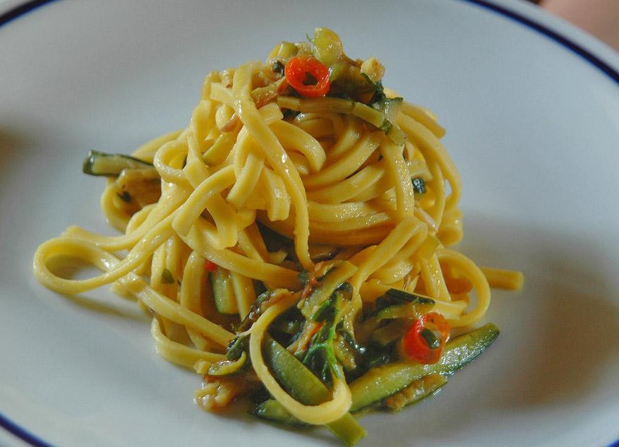 Isernia Tagliolini (Molise, Italy) - traditional food ...