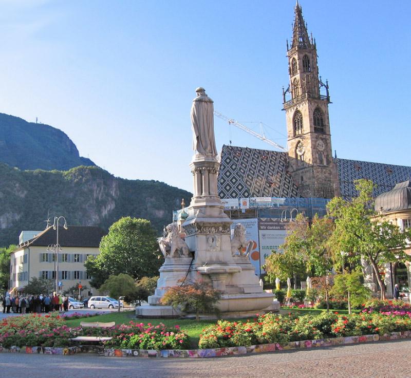 Bolzano La Ville (Trentin, Italie) - site touristique ...